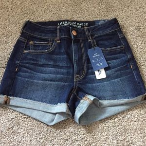 American Eagle Outfitters Hi-Rise Shortie NWT